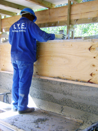 Laying hempcrete between shutterboards